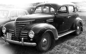 39 Plymouth 300